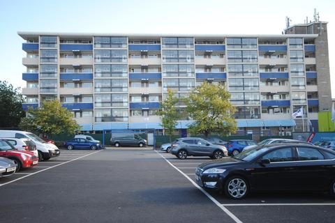 1 bedroom apartment to rent - The Vineyards, Great Baddow, Chelmsford, CM2
