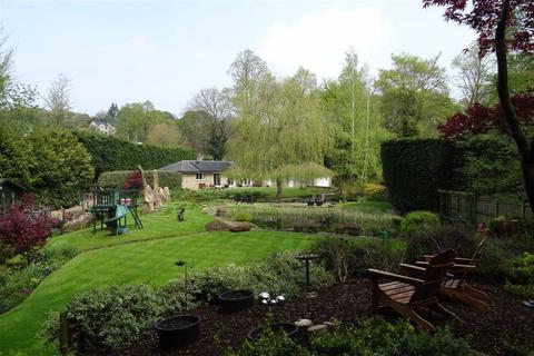 3 bedroom detached bungalow for sale - Lascelles Hall Road, Kirkheaton, Huddersfield, HD5