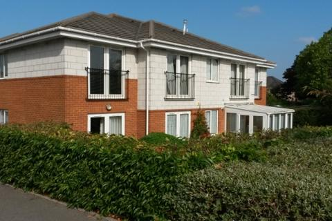 2 bedroom flat to rent - FLAT AT WILLOW GRANGE, 68 OAKDALE ROAD, POOLE, BH15 3LT