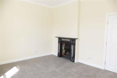3 bedroom terraced house to rent - Market Place, Market Weighton