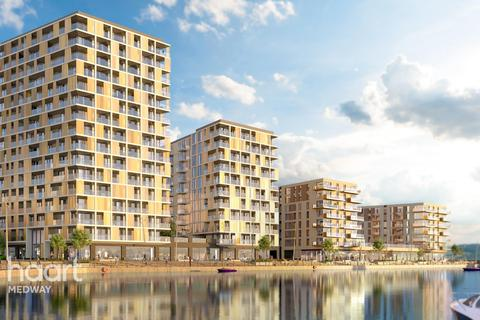 2 bedroom flat for sale - Pier Approach Road, Gillingham