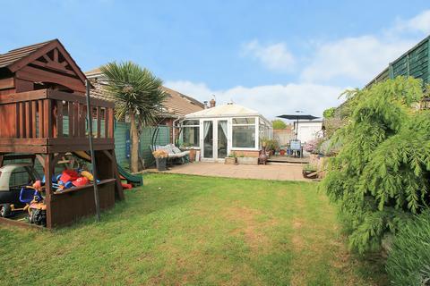 4 bedroom semi-detached house for sale - Southview Close, Shoreham-by-Sea, West Sussex BN43 6LJ