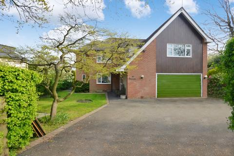 4 bedroom detached house to rent - Patch Lane, Bramhall, Stockport