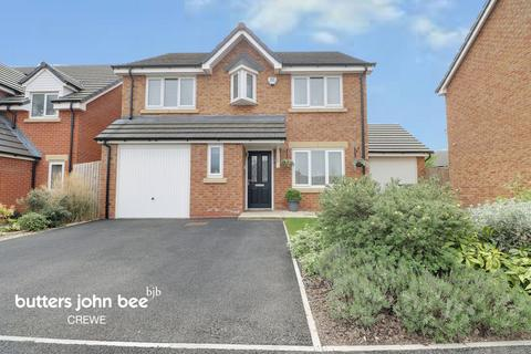4 bedroom detached house for sale - Ellis Close, Crewe