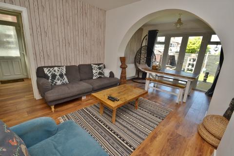 2 bedroom flat for sale - Charminster