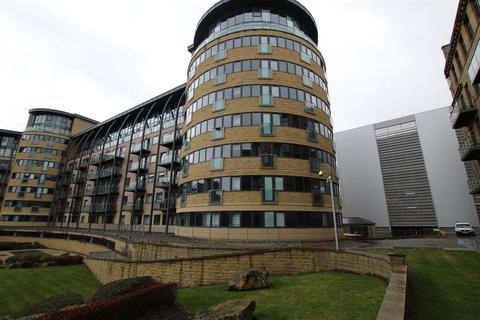 1 bedroom apartment to rent - Salts Mill Road, Shipley, BD17 7DG