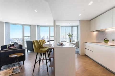 2 bedroom flat to rent - South Bank Tower, 55 Upper Ground, South Bank