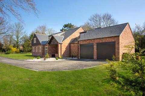 5 bedroom detached house for sale - Stripe Lane, Skelton, York, YO30