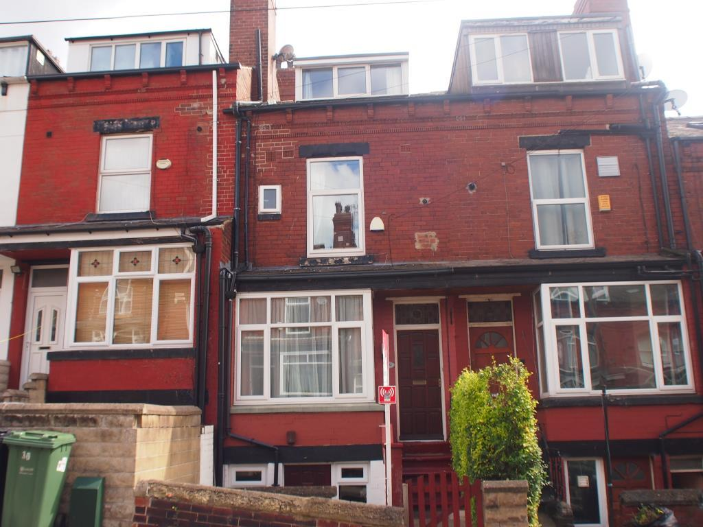Yorkshire Terrace: Elsham Terrace, Burley, Leeds, West Yorkshire 2 Bed