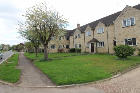 2 bedroom apartment to rent - Aynho Court, Banbury