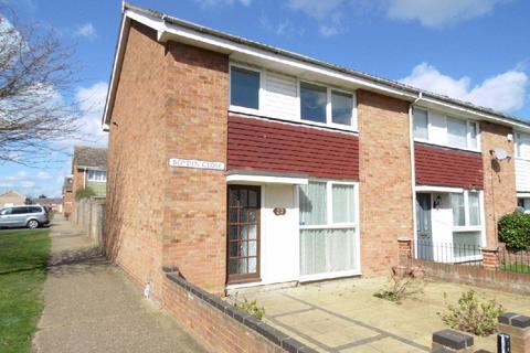 3 bedroom terraced house to rent - Boydin Close, Witham