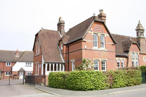 3 bedroom semi-detached house to rent - Hawkhurst