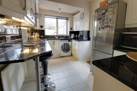 3 bedroom semi-detached house for sale - Bannerdale Road, Bannerdale, Sheffield, S7 2DQ