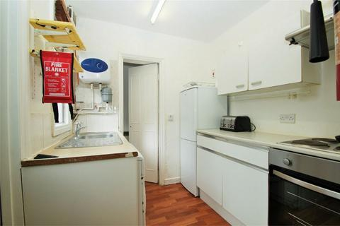 3 bedroom semi-detached house to rent - High Street, Cowley, UXBRIDGE, Middlesex