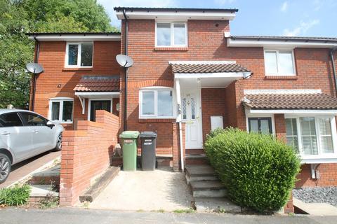 2 bedroom terraced house to rent - Devonshire Gardens, Bursledon SO31