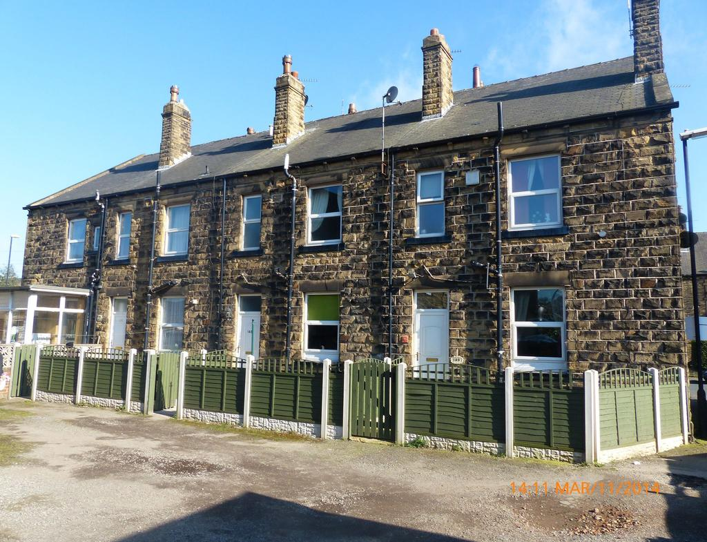 Yorkshire Terrace: Fountain Street, Morley, West Yorkshire, LS27 1 Bed