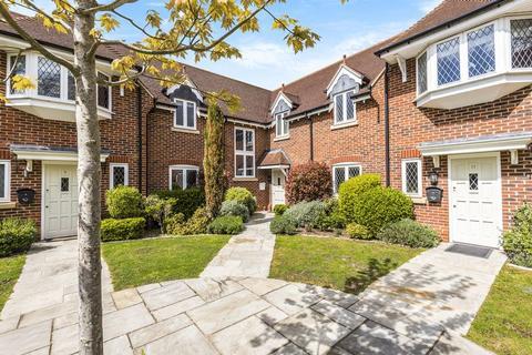 3 bedroom terraced house to rent - Cranbourne Hall, Drift Road, Windsor