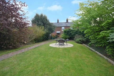 3 bedroom terraced house for sale - Elms Cottages, High Easter, Chelmsford, CM1