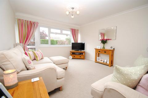 2 bedroom maisonette for sale - Briarleas Gardens, Upminster, RM14