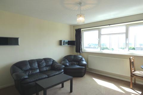 2 bedroom flat to rent - Studley Road , Stockwell SW4