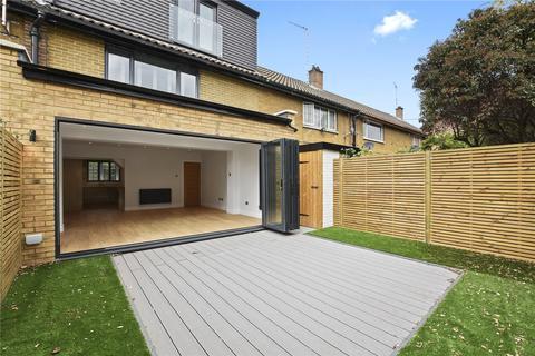 3 bedroom house for sale - Newbold Cottages, Sidney Street, London, E1