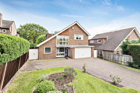 4 bedroom detached house for sale - Barnfield Wood Road Beckenham BR3