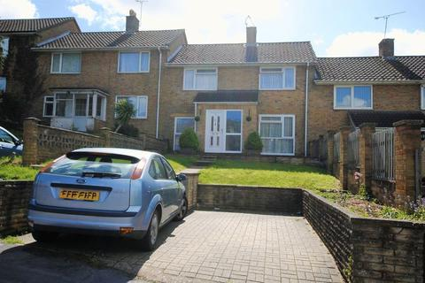 3 bedroom terraced house for sale - Meggeson Avenue, Townhill Park