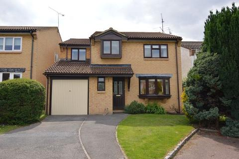 4 bedroom detached house to rent - Peregrine Close, Woosehill