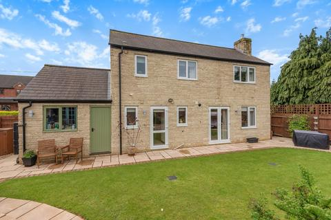 4 bedroom detached house for sale - Bishops Cleeve, Cheltenham