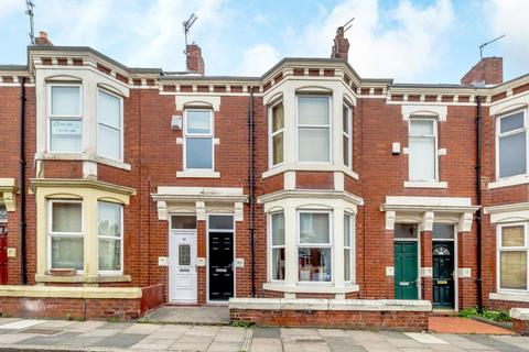 2 bedroom apartment for sale - Whitefield Terrace, Heaton, .Newcastle Upon Tyne, .Tyne & Wear