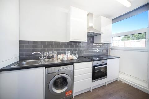 4 bedroom flat to rent - Bridgeway Street, London, NW1