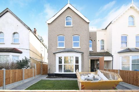 Property for sale - Beulah Crescent, Thornton Heath CR7 8JL