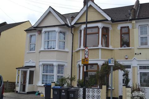 3 bedroom semi-detached house to rent - Colvin Road, Thornton Heath, London, CR7 6AB