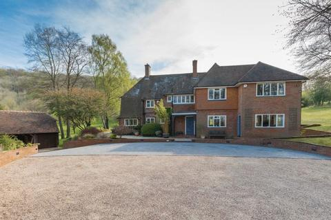 6 bedroom detached house for sale - Wendover