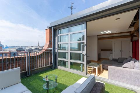 2 bedroom penthouse to rent - Turnbull, Queens Street, Newcastle Upon Tyne, NE1