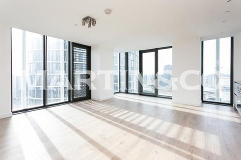 2 bedroom apartment to rent - Stratosphere Tower - E15 - Stratford Station!