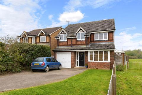 4 bedroom detached house for sale - Grasslands, Horley