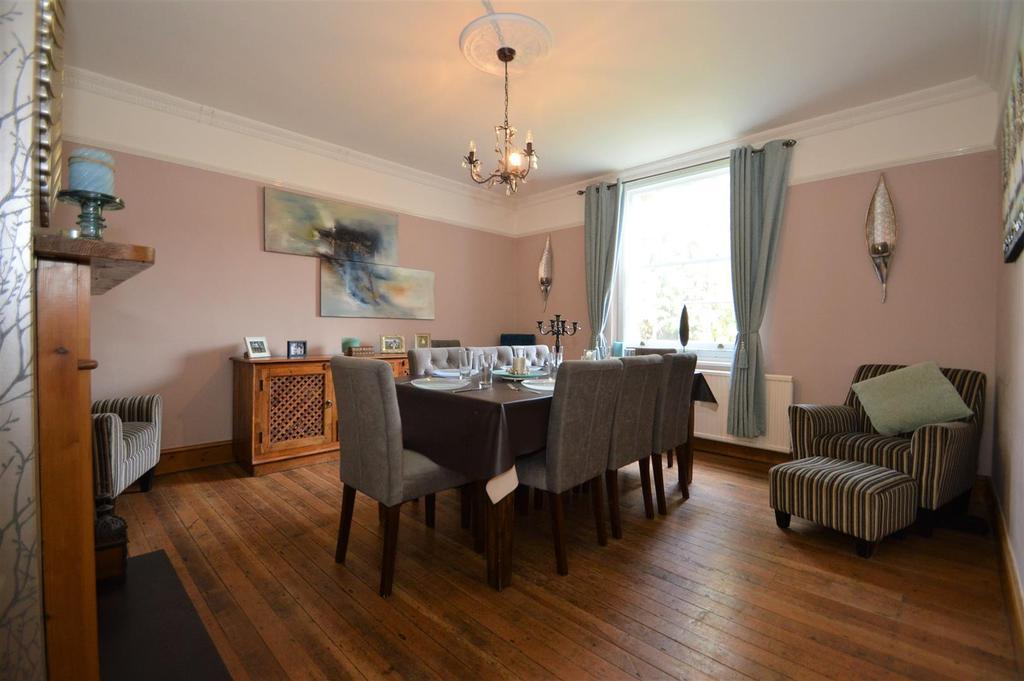 # Dining Room..jpg