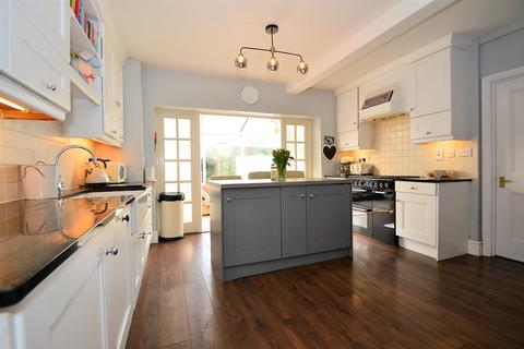 5 bedroom detached house for sale - Loose Road, Maidstone