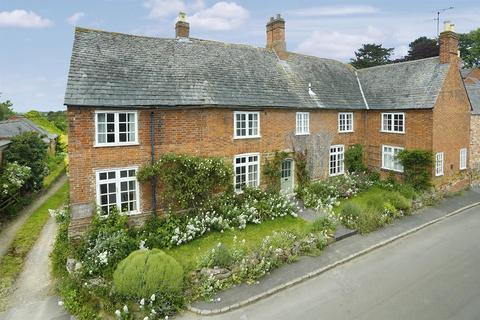 6 bedroom house for sale - Snows Lane, Keyham