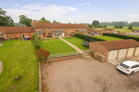 4 bedroom barn conversion for sale - Grange Lane, Tilston, Malpas