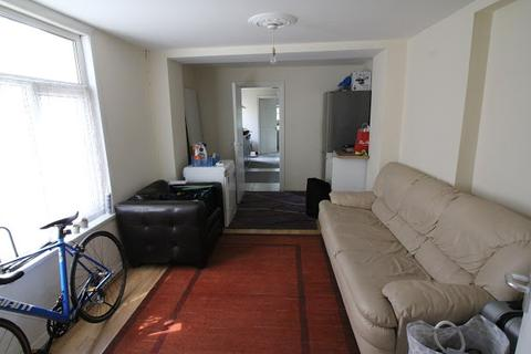 8 bedroom property to rent - Cathays, Cardiff, CF24
