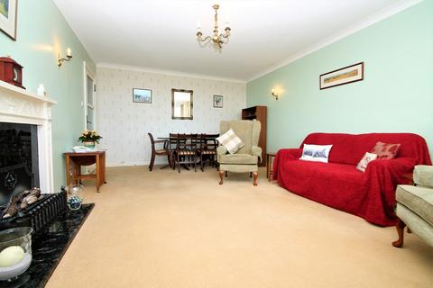 2 bedroom ground floor flat for sale - Francome House, Brighton Road, Lancing BN15 8RP