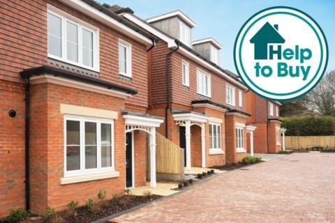 4 bedroom semi-detached house for sale - Falmer Road, Rottingdean, East Sussex, BN2