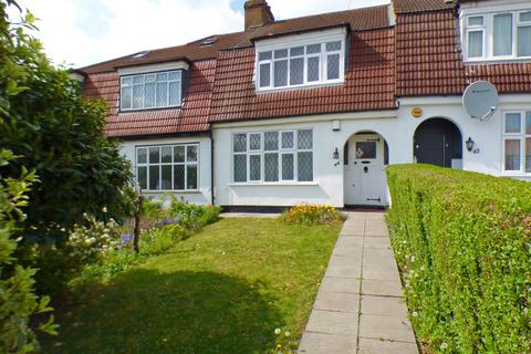 3 bedroom terraced house for sale - Lakeside Crescent, East Barnet, EN4