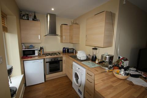 1 bedroom flat share to rent - 240 Whitchurch, Cardiff