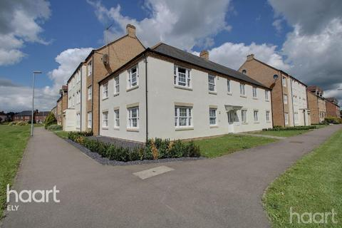 2 bedroom flat - Longchamp Drive, Ely