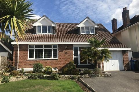 4 bedroom bungalow for sale - Harbour View Road, Lower Parkstone, Poole, Dorset, BH14