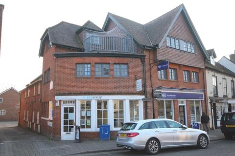 2 bedroom apartment to rent - The George Mews, Ringwood, Hampshire, BH24