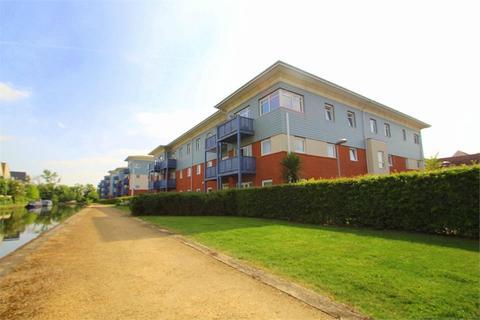 2 bedroom flat to rent - Wraysbury Drive, Yiewsley, West Drayton